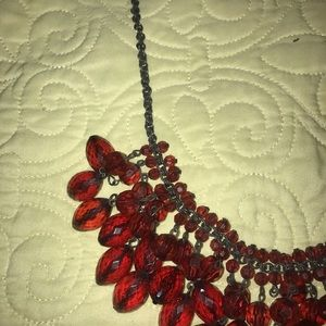 Jewelry - Beautiful Red Beaded Necklace!